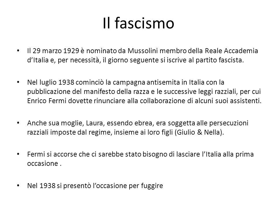Il fascismo Il 29 marzo 1929 è nominato da Mussolini membro della Reale Accademia dItalia e, per necessità, il giorno seguente si iscrive al partito f