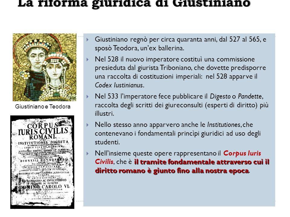 Giustiniano regnò per circa quaranta anni, dal 527 al 565, e sposò Teodora, unex ballerina. Nel 528 il nuovo imperatore costituì una commissione presi