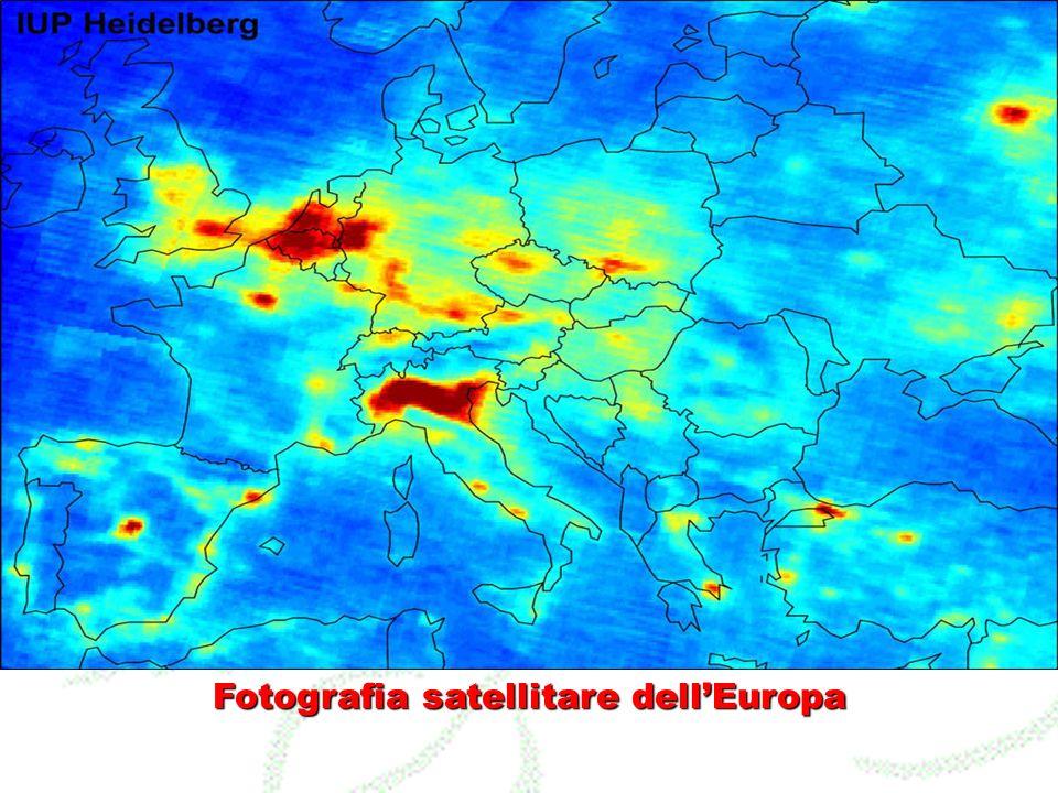 Fotografia satellitare dellEuropa