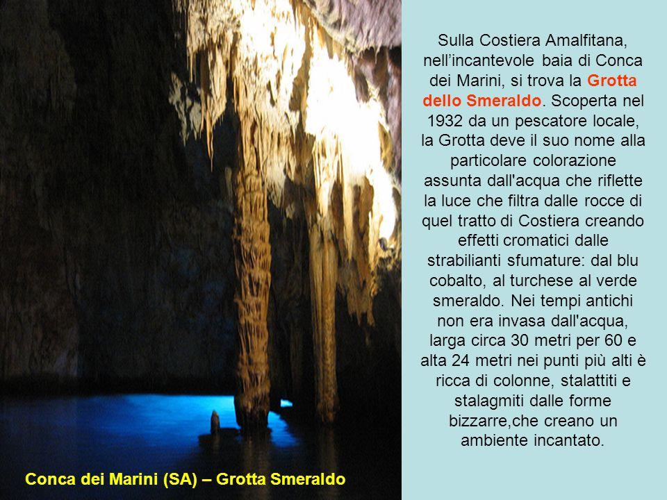 in Abruzzo in provincia dellAquila tra i boschi della valle dellAterno si trovano le Grotte di Stiffe uno splendido sistema ipogeo che raccoglie le ac