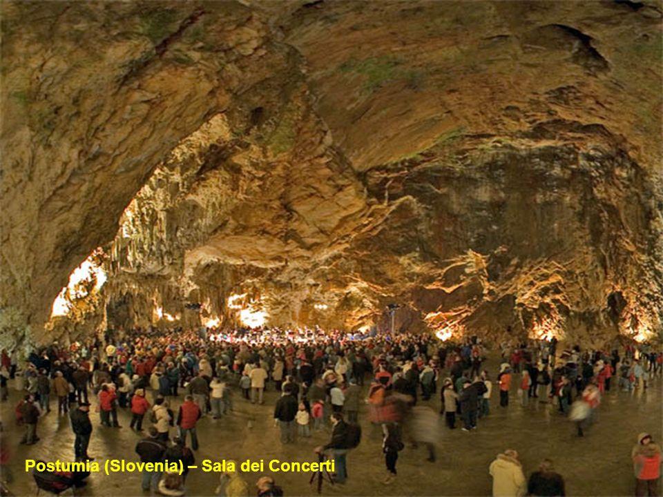 Postumia (Slovenia) – formazioni calcaree