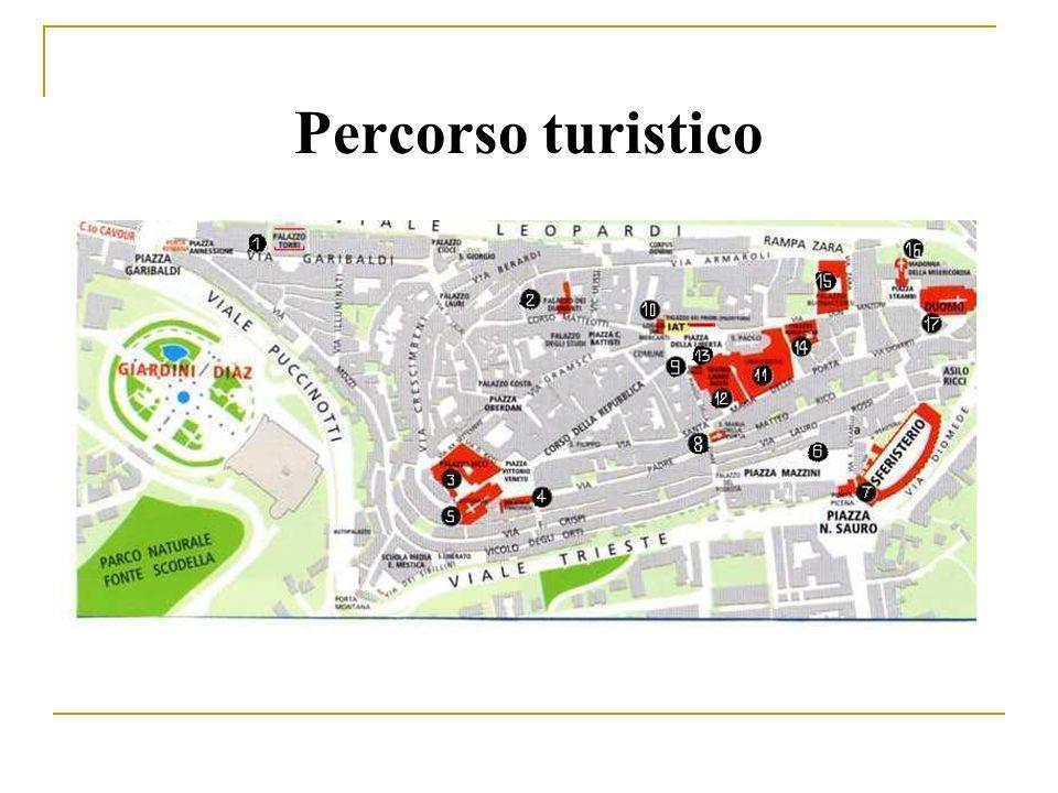 La passeggiata per il centro inizia da uno degli edifici più singolari del 700: Palazzo Torri, sede del Dipartimento di Ricerca linguistica, letteraria e filologica dellUniversità di Macerata, dove si terrà il convegno TILS 2008.