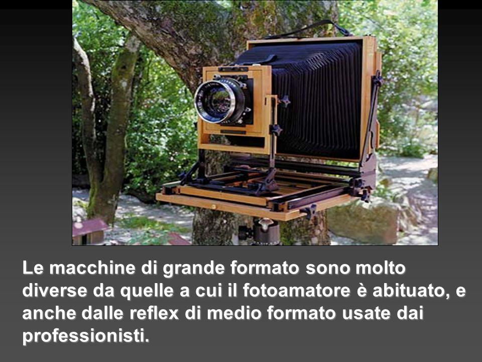 Le macchine di grande formato sono molto diverse da quelle a cui il fotoamatore è abituato, e anche dalle reflex di medio formato usate dai profession