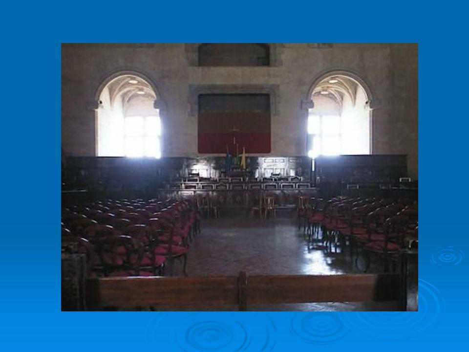 Cappella Palatina La Cappella Palatina o di Santa Barbara si trova nellampio cortile del castello.
