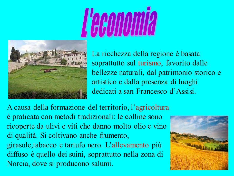 La ricchezza della regione è basata soprattutto sul turismo, favorito dalle bellezze naturali, dal patrimonio storico e artistico e dalla presenza di