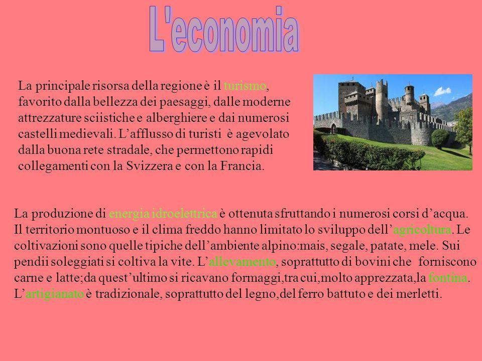 Perugia sorge su una collina e la parte alta del suo centro storico si può raggiungere usando gli ascensori e le scale mobili messi sotto terra.