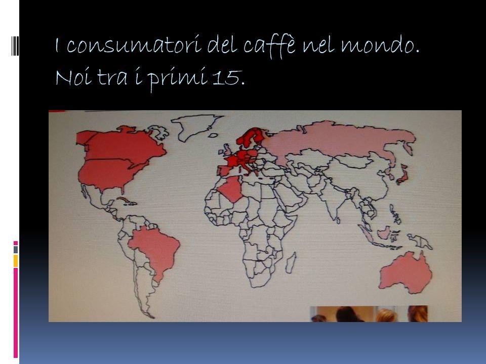 Il caffè è bevanda ma anche luogo di relazioni.