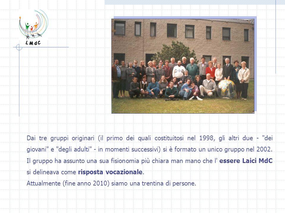 Dai tre gruppi originari (il primo dei quali costituitosi nel 1998, gli altri due -