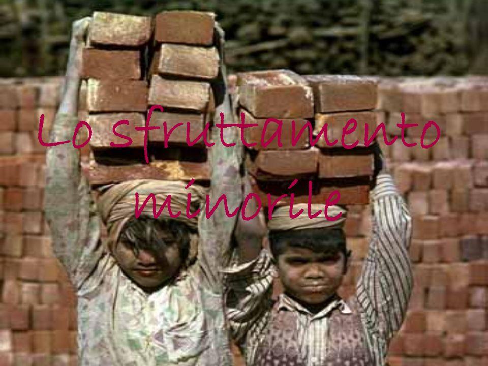 Lavoro infantile Il lavoro infantile è un fenomeno di carattere sociale che interessa a partire dalla fine del 1700 i bambini di età compresa tra i 5 e i 15 anni in tutto il mondo.