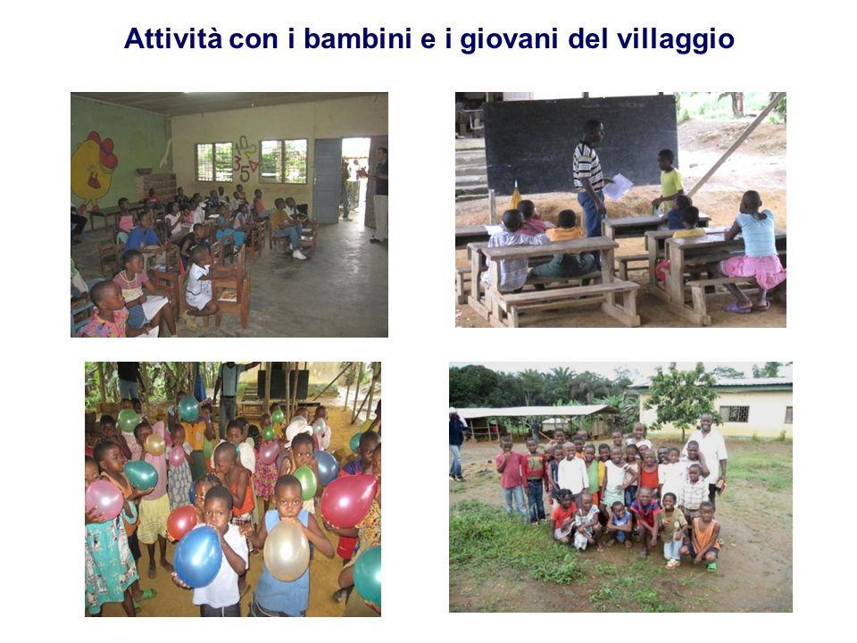 Attività con i bambini e i giovani del villaggio