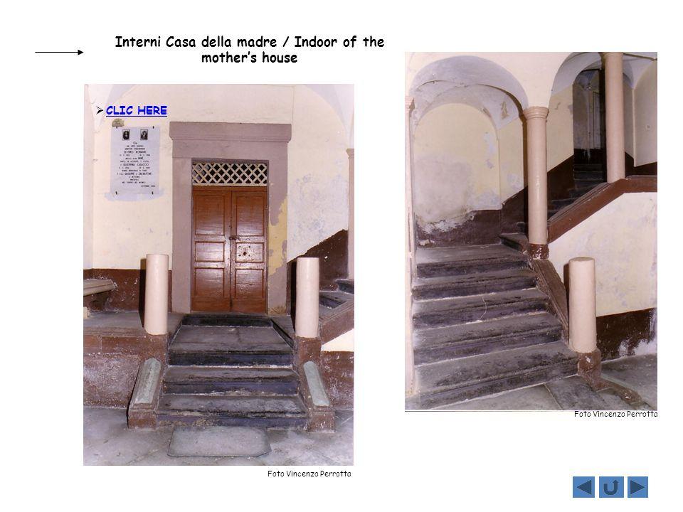 Interni Casa della madre / Indoor of the mothers house Foto Vincenzo Perrotta CLIC HERE