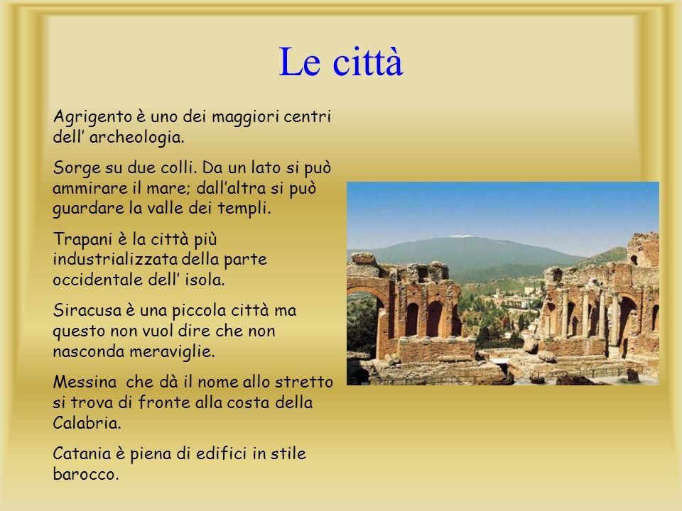 In Puglia si svolge una bellissima cerimonia in onore del Signore Dio nella Settimana Santa.