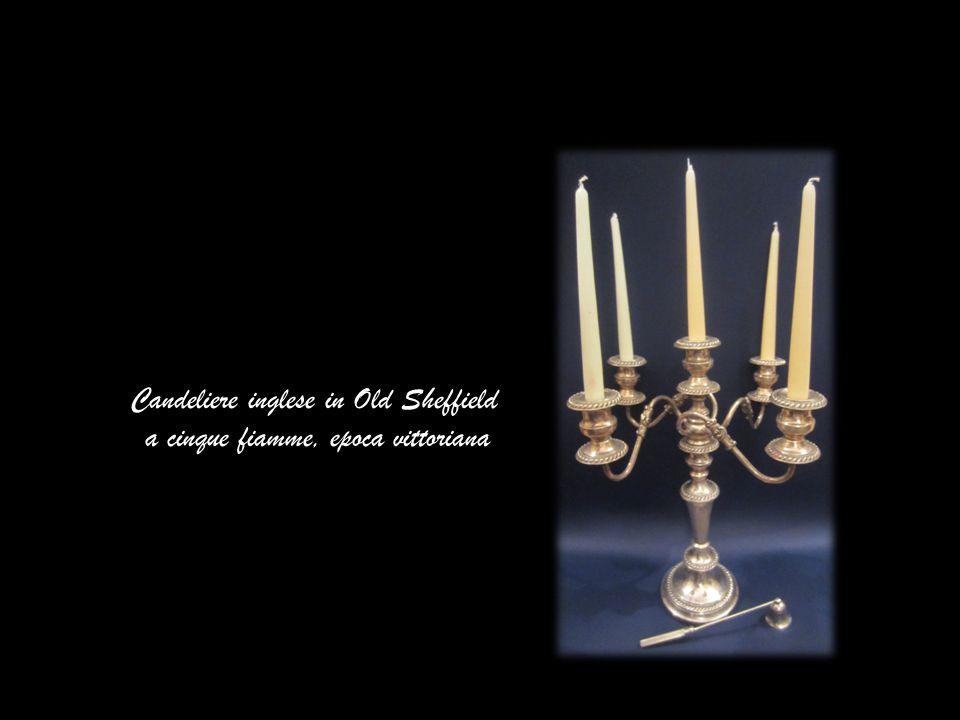 Candeliere inglese in Old Sheffield a tre fiamme, epoca vittoriana