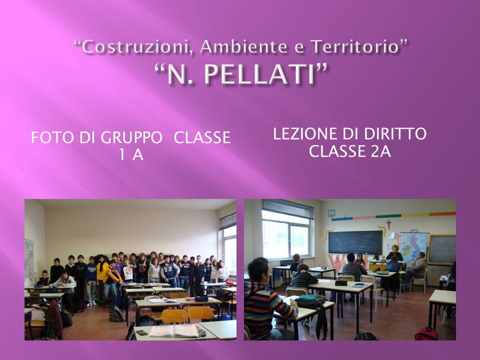 FOTO DI GRUPPO CLASSE 1 A LEZIONE DI DIRITTO CLASSE 2A