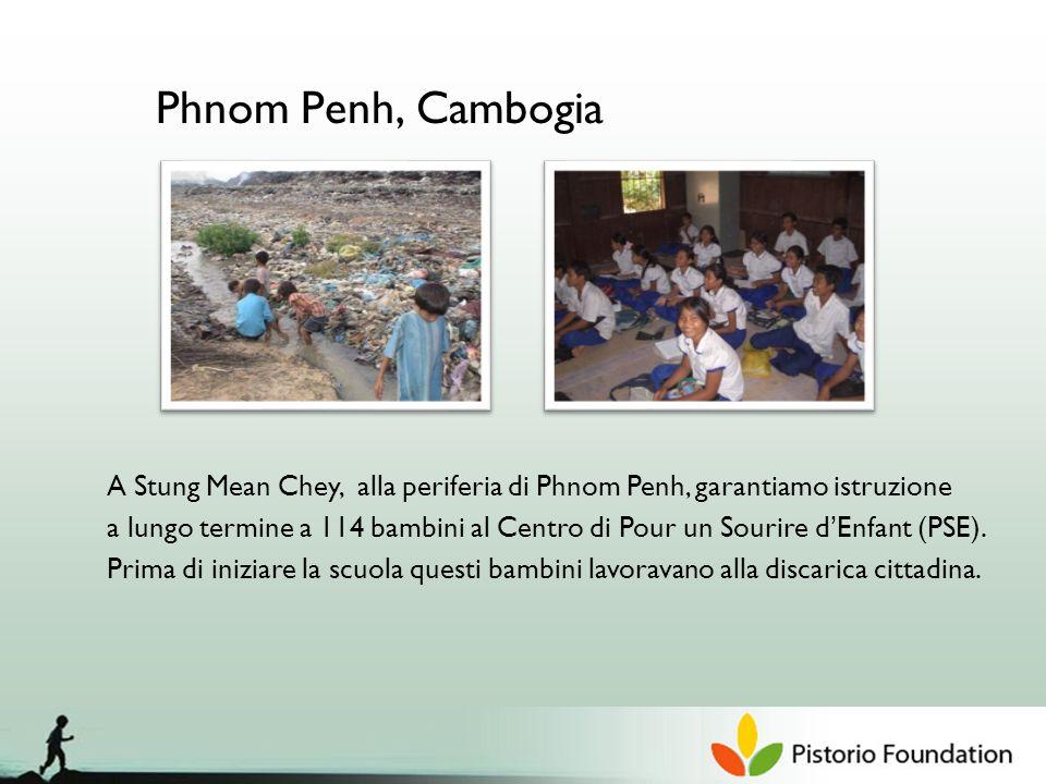 Phnom Penh, Cambogia A Stung Mean Chey, alla periferia di Phnom Penh, garantiamo istruzione a lungo termine a 114 bambini al Centro di Pour un Sourire dEnfant (PSE).