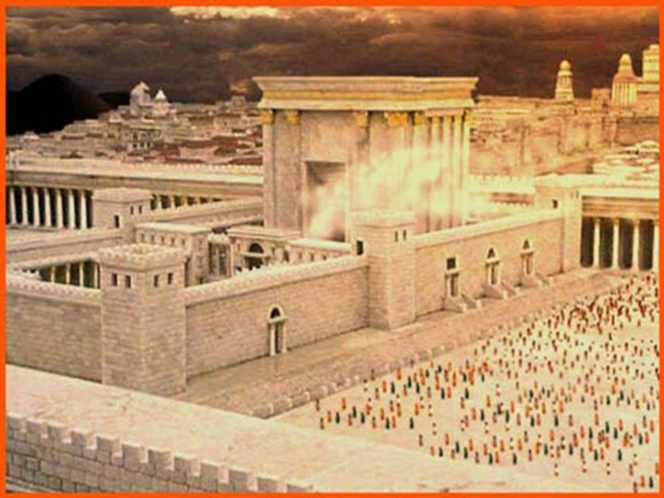 Alla morte di David divenne re il figlio Salomone, sotto cui ci fu un prospero periodo per il regno e per Gerusalemme. A Gerusalemme Salomone sulla co