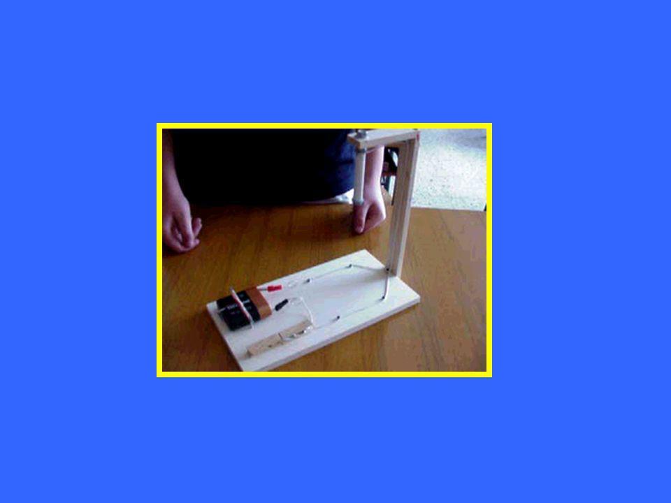 Batteria di pile 4,5 volt Interruttore a pulsante Bullone di ferro Chiodini Elettrocalamita