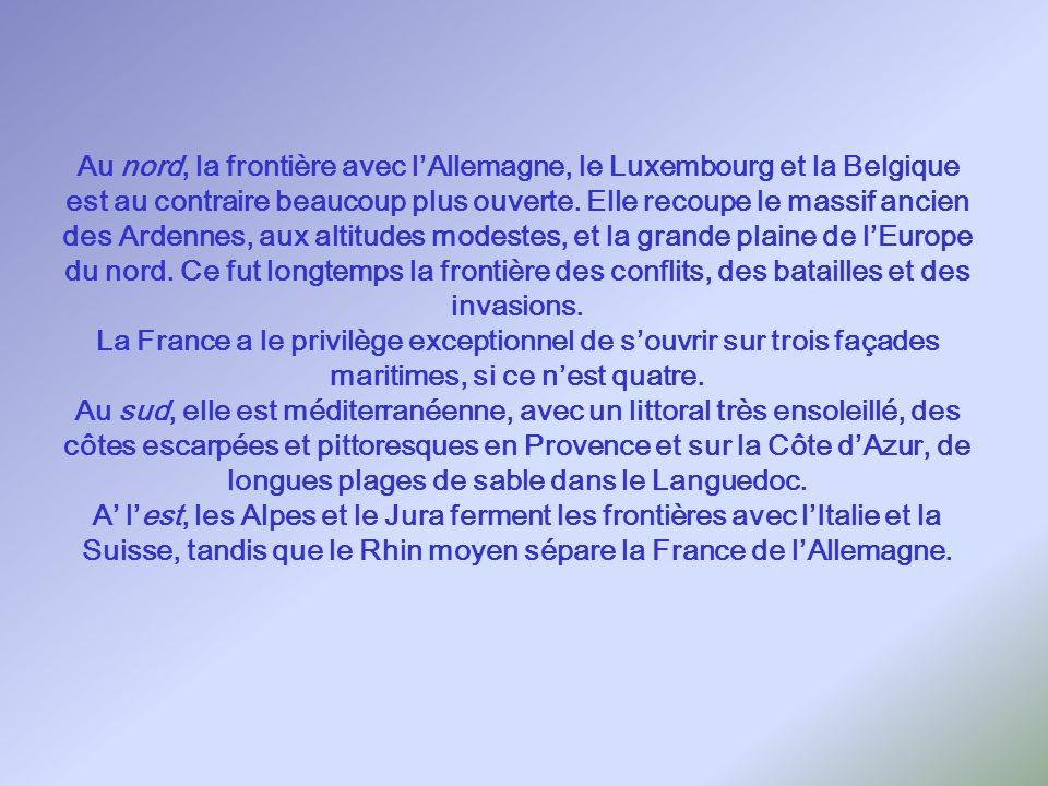 Lhexagone français Le territoire de la France a la forme dun hexagone. Il a été constitué depuis le Moyen Âge, sur une durée dau moins un millénaire,
