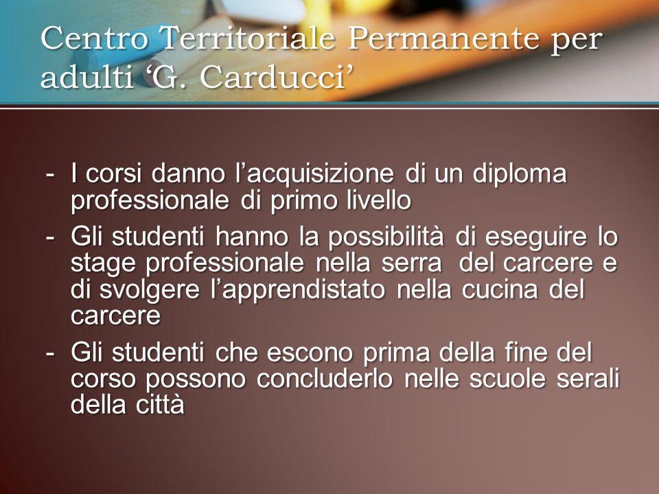 -I corsi danno lacquisizione di un diploma professionale di primo livello -Gli studenti hanno la possibilità di eseguire lo stage professionale nella