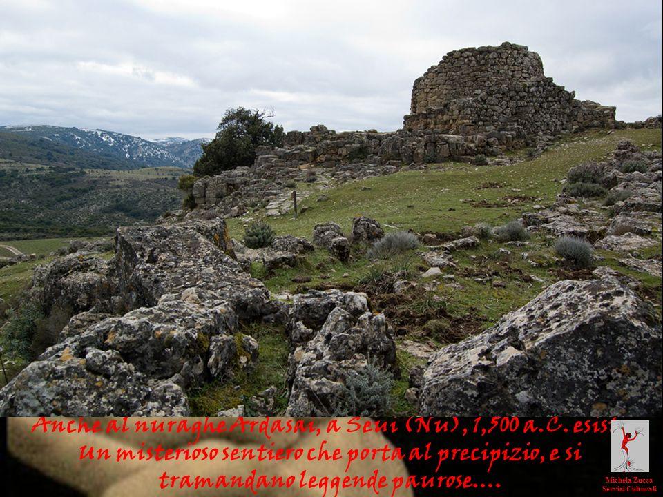 Anche al nuraghe Ardasai, a Seui (Nu), 1,500 a.C. esiste Un misterioso sentiero che porta al precipizio, e si tramandano leggende paurose…. Michela Zu