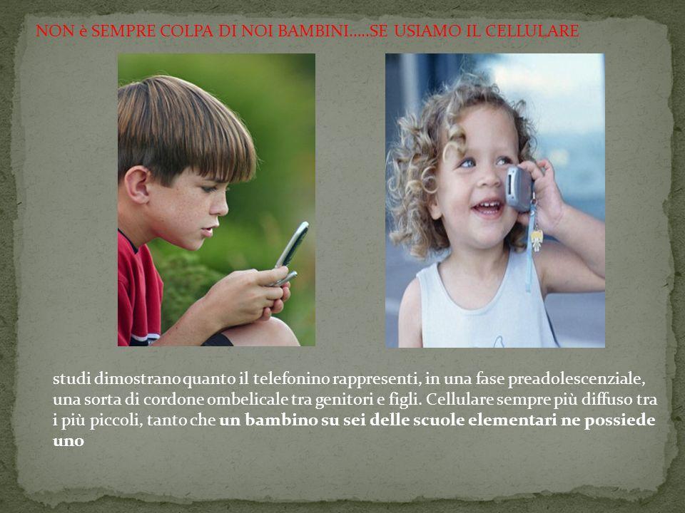 Il cellulare diventa una specie di ansiolitico per i genitori che si illudono così di poter controllare i figli.