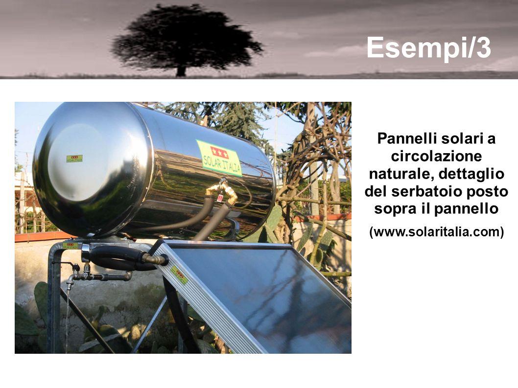 Esempi/3 Pannelli solari a circolazione naturale, dettaglio del serbatoio posto sopra il pannello (www.solaritalia.com)