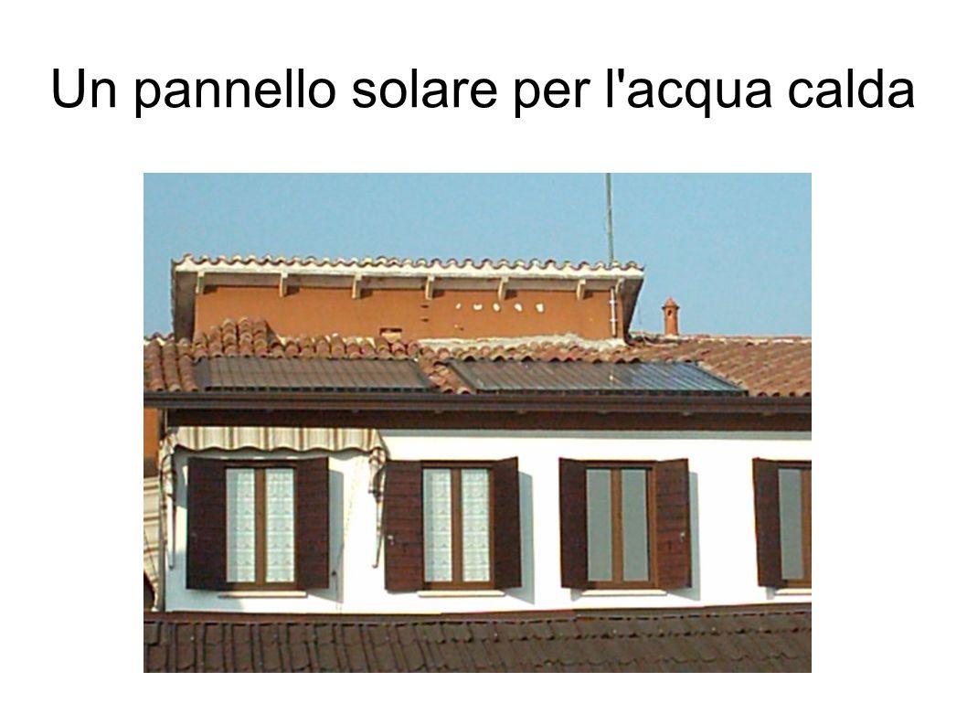 Un pannello solare per l'acqua calda