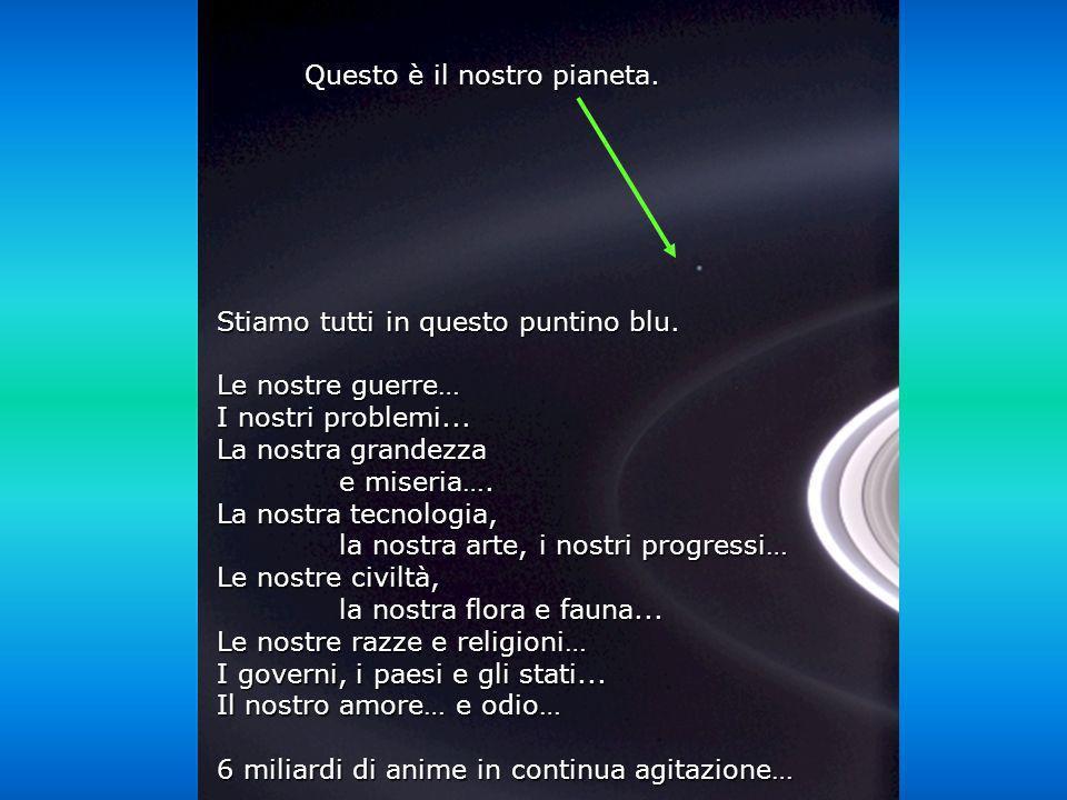 Héla aquí, pues: Guarda questa foto per qualche istante E stata scattata dalla sonda Cassini- Juygens, nel 2004, quando ha raggiunto gli anelli di Sat