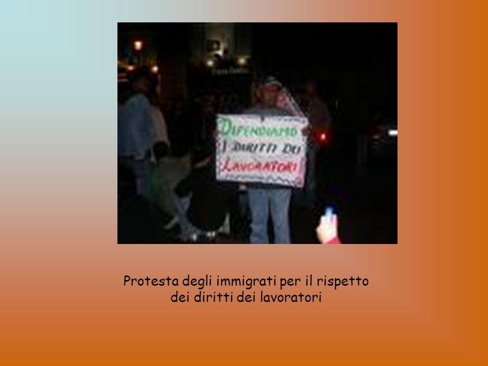 Protesta degli immigrati per il rispetto dei diritti dei lavoratori