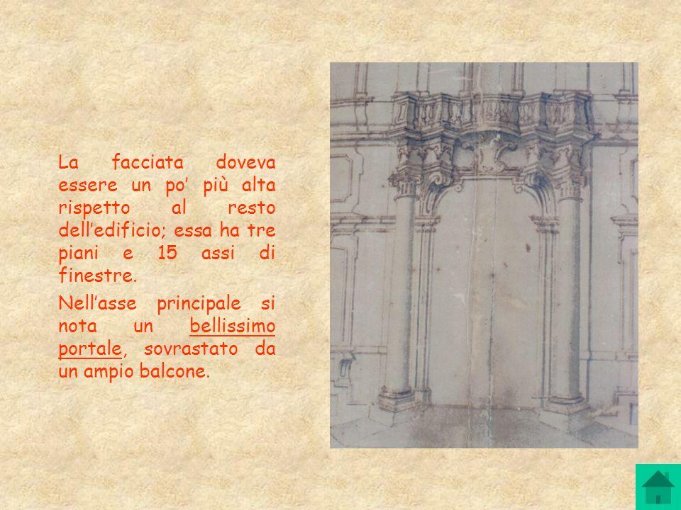 La facciata doveva essere un po più alta rispetto al resto delledificio; essa ha tre piani e 15 assi di finestre. Nellasse principale si nota un belli