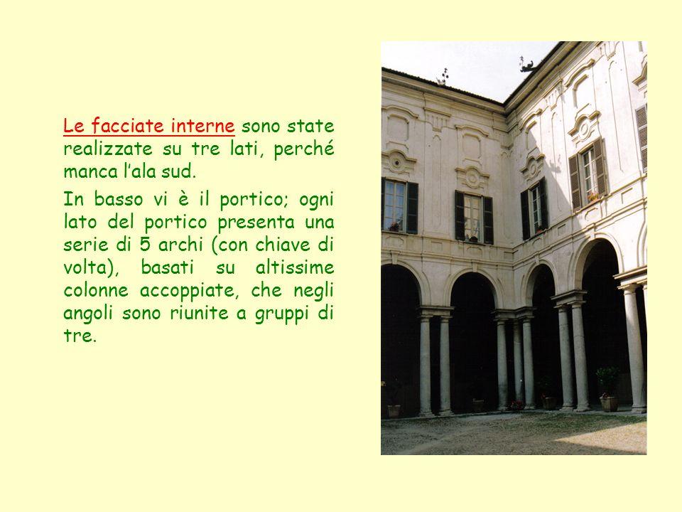 Le facciate interne sono state realizzate su tre lati, perché manca lala sud. In basso vi è il portico; ogni lato del portico presenta una serie di 5