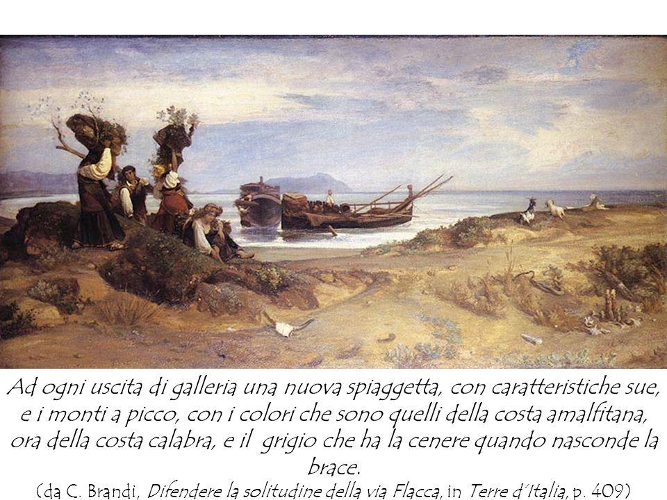 Ad ogni uscita di galleria una nuova spiaggetta, con caratteristiche sue, e i monti a picco, con i colori che sono quelli della costa amalfitana, ora