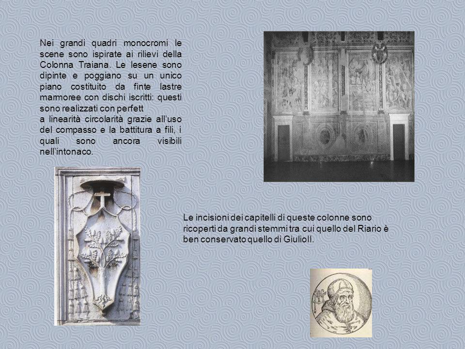 Nei grandi quadri monocromi le scene sono ispirate ai rilievi della Colonna Traiana.