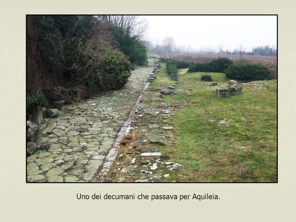 Uno dei decumani che passava per Aquileia.