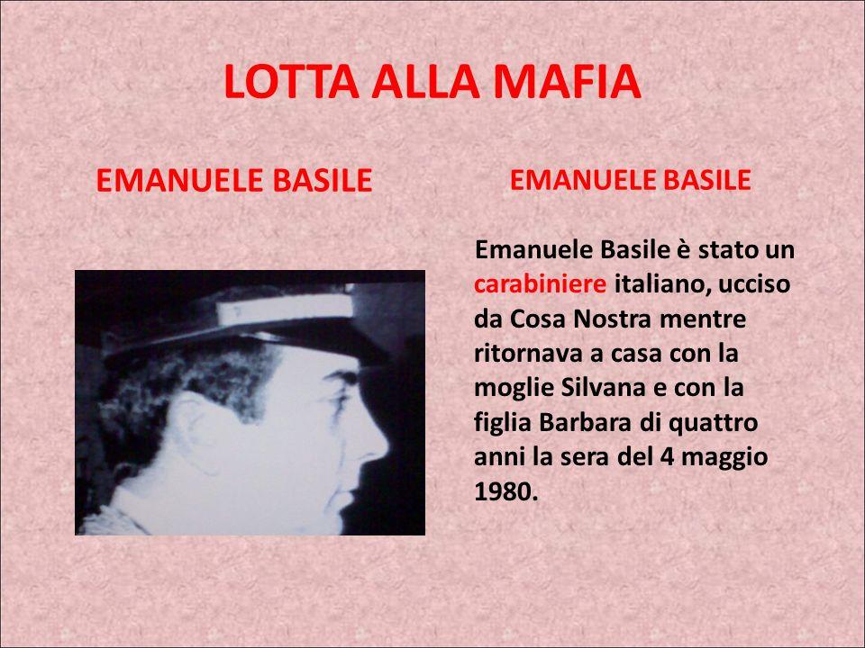 ROCCO CHINNICI Il primo grande processo alla mafia, il cosiddetto maxi processo di Palermo, è il risultato del lavoro istruttorio svolto da Chinnici,