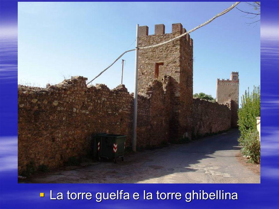 La torre guelfa e la torre ghibellina La torre guelfa e la torre ghibellina