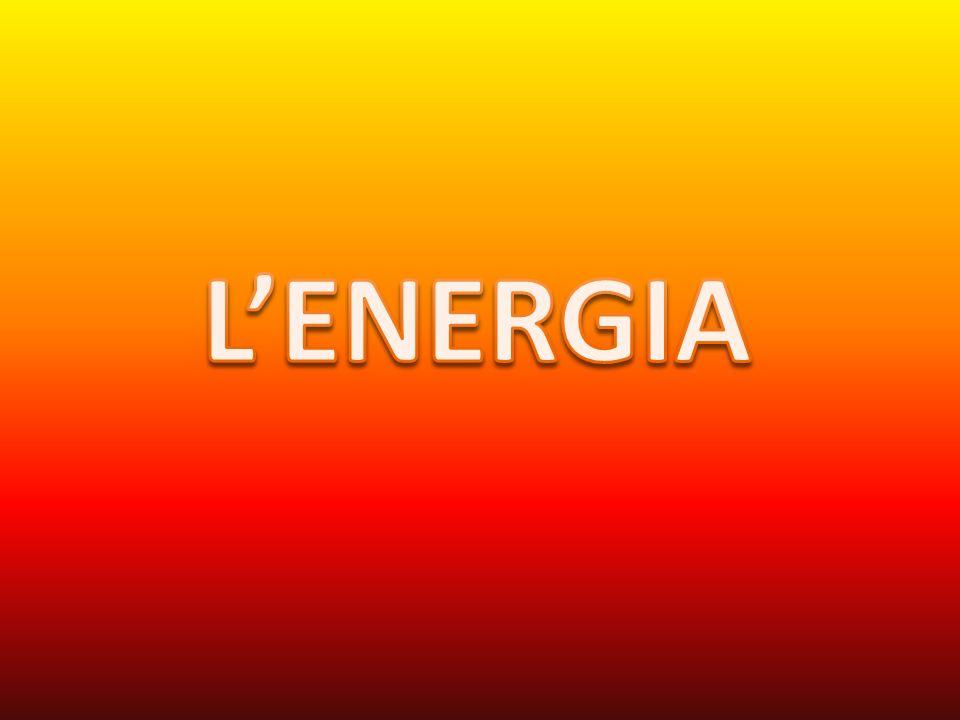 Lenergia nei sistemi viventi Lenergia è la capacità di compiere un lavoro.