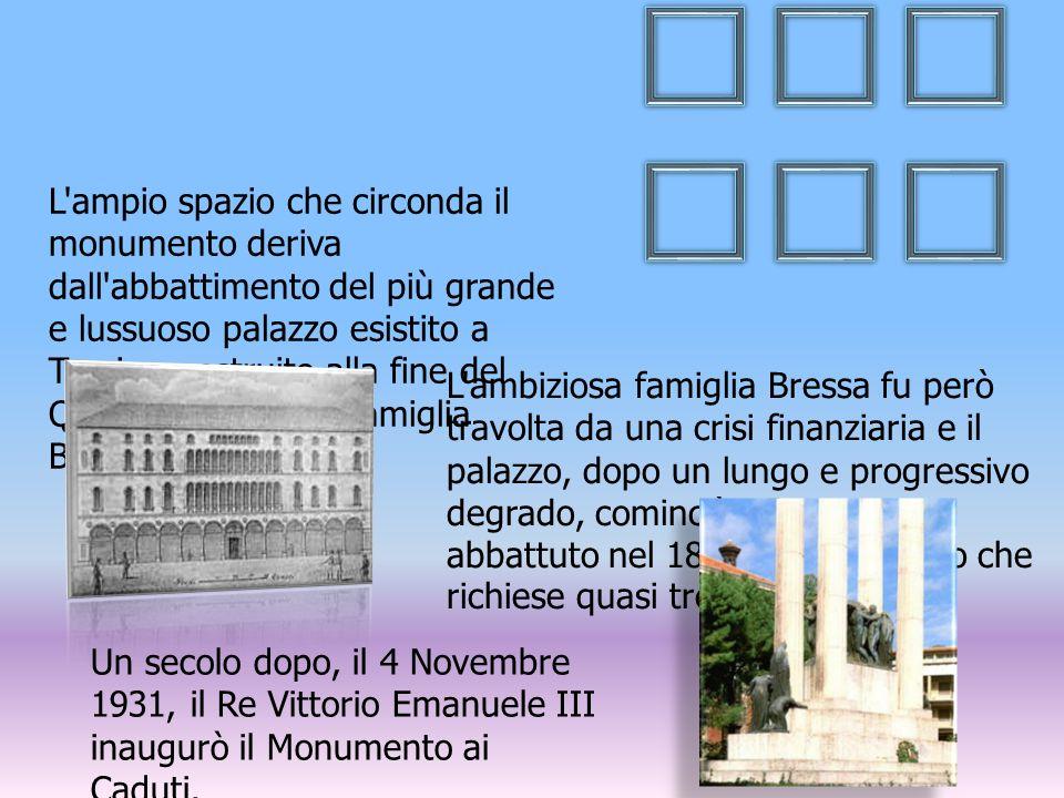 L'ampio spazio che circonda il monumento deriva dall'abbattimento del più grande e lussuoso palazzo esistito a Treviso, costruito alla fine del Quattr