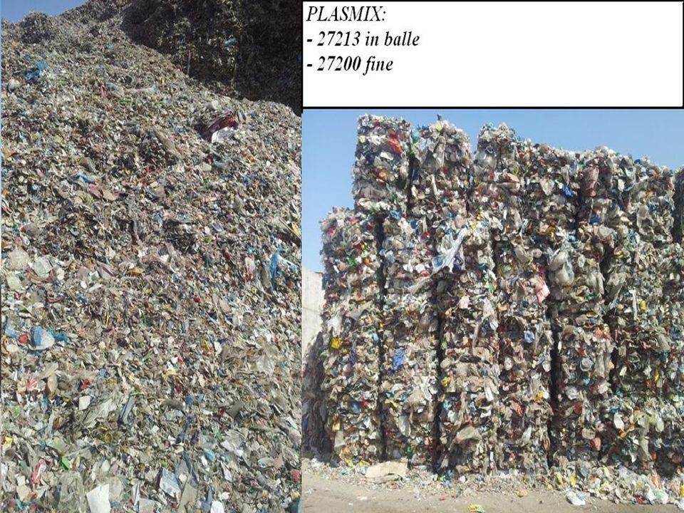 Limpianto viene alimentato con lo scarto della selezione dei materiali plastici realizzata nellattiguo impianto di selezione spinta (CSS) facente parte del circuito nazionale COREPLA.