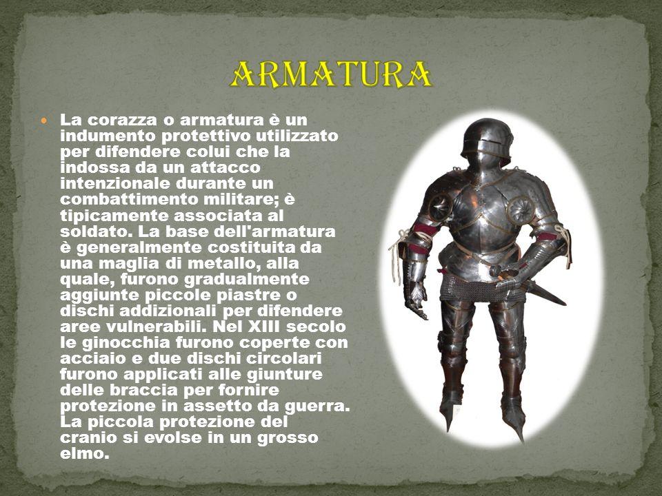 È costituito da una piastra di diverse forme e materiali imbracciata per difendersi attivamente dai colpi degli avversari.