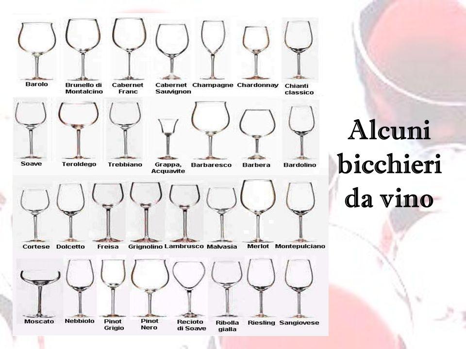 Alcuni bicchieri da vino