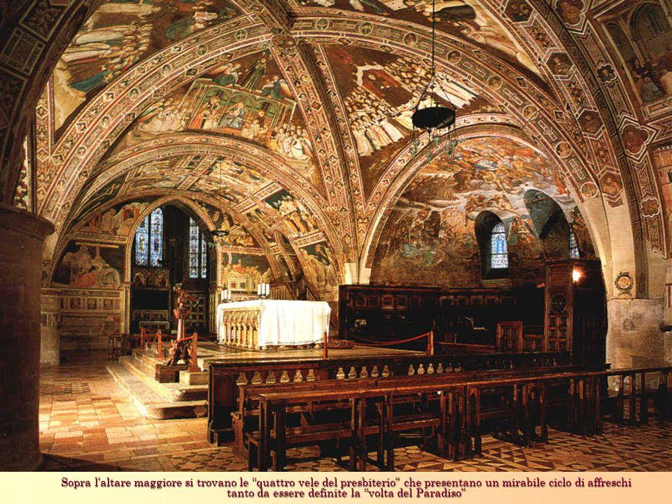 Sopra laltare maggiore si trovano le quattro vele del presbiterio che presentano un mirabile ciclo di affreschi tanto da essere definite la volta del