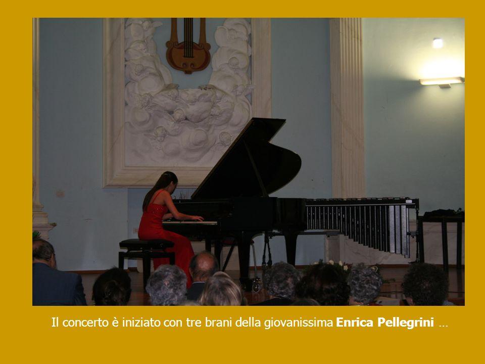 … premiata dalla concertista Lydia Bevilacqua, Direttore Artistico del Club Lirico Amici di Renato Bruson, socia onoraria dellAPiCE e sua maestra dalletà di sette anni.