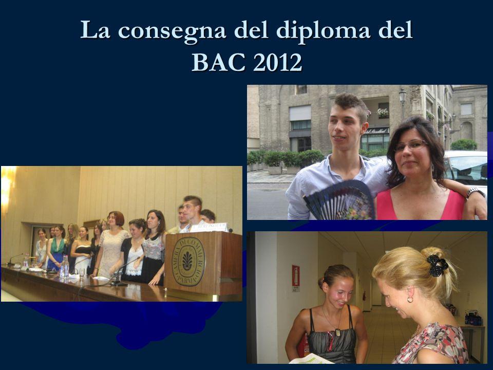La consegna del diploma del BAC 2012