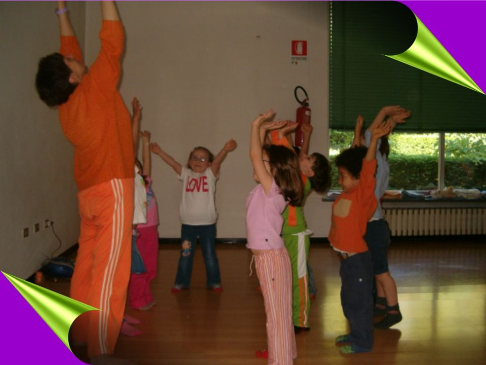 Lo Yoga dei bambini- APNU33 Neo-umanesimo La filosofia Yoga proposta si ispira al NEO-UMANESIMO formulato da P.R. SARKAR : amore che abbraccia non sol