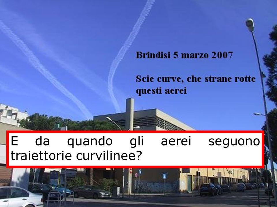 E da quando gli aerei seguono traiettorie curvilinee?