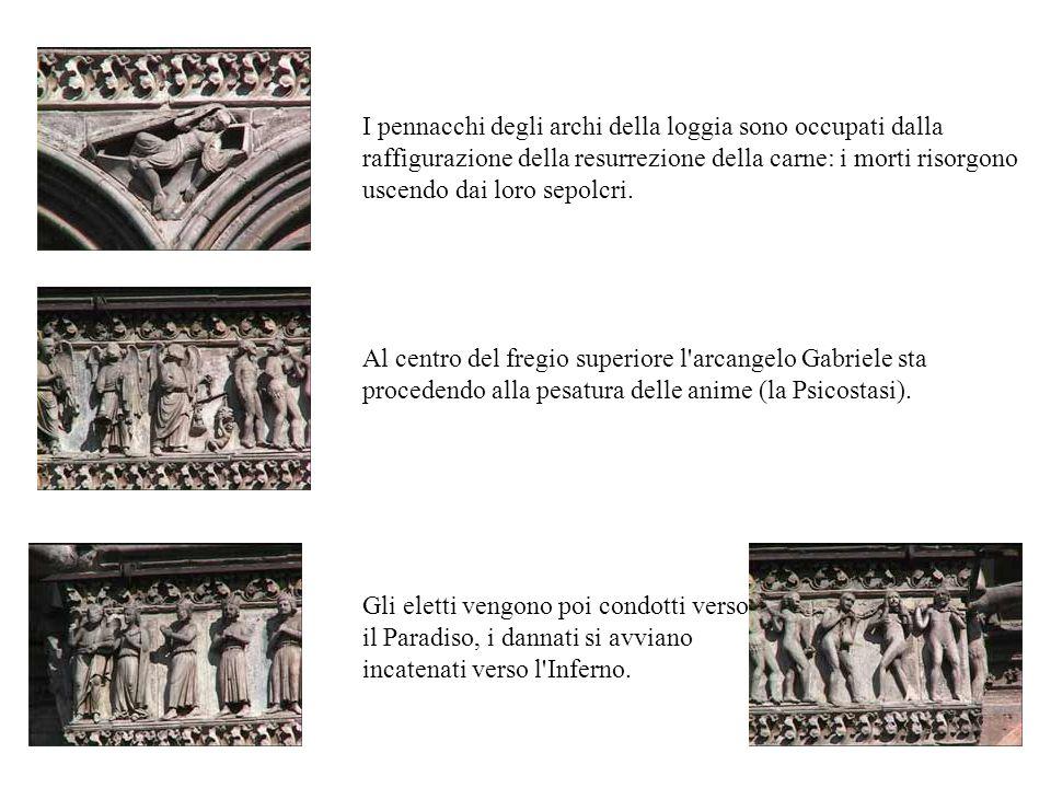 I pennacchi degli archi della loggia sono occupati dalla raffigurazione della resurrezione della carne: i morti risorgono uscendo dai loro sepolcri. G