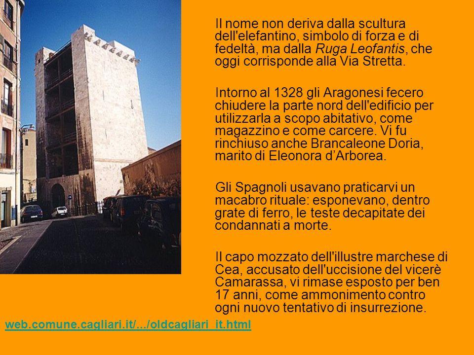 Venne restaurata nel 1906 riaprendo il lato murato dagli Aragonesi, riacquistando così il suo aspetto originario.