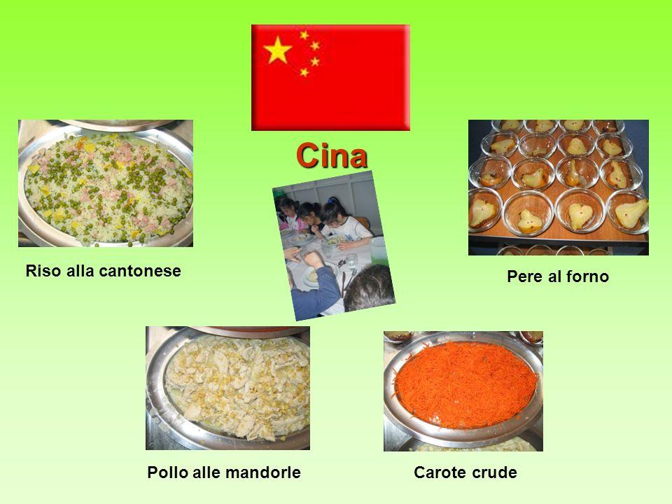 Cina Riso alla cantonese Pollo alle mandorleCarote crude Pere al forno