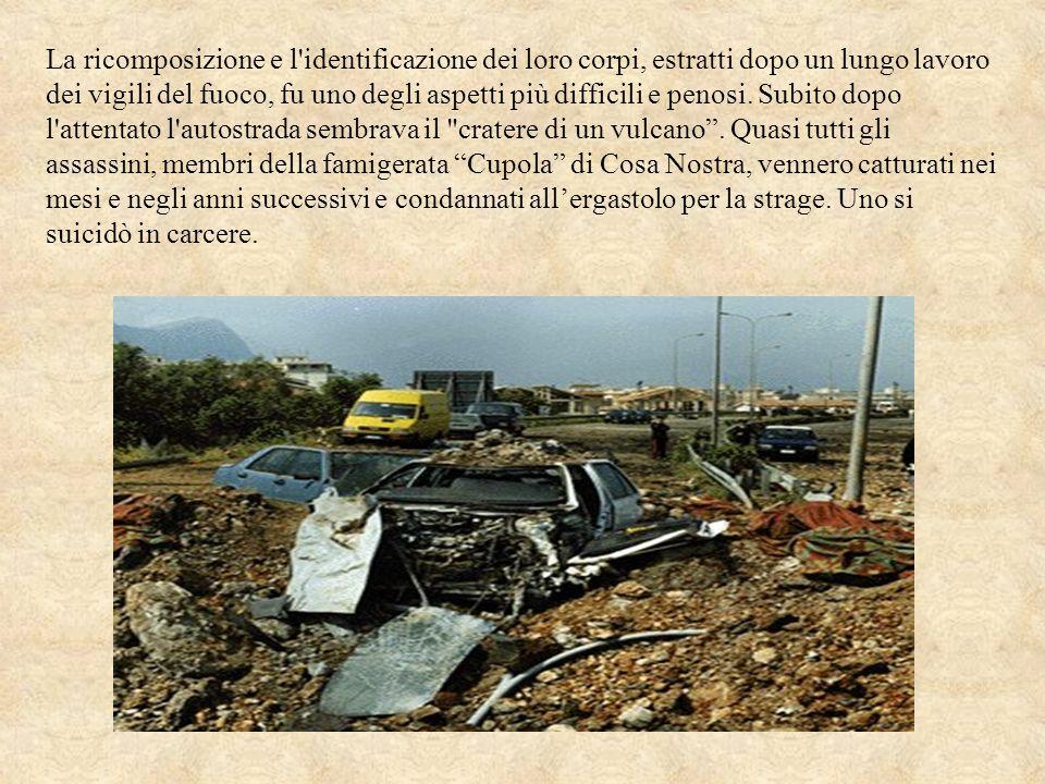 L AUTO DELLA STRAGE Le lamiere dellauto che, il 23 maggio 1992, si trasformò in una tomba per tanti servitori dello Stato, sono da allora custodite nellautocentro della Polizia di Stato a Messina ma è difficile vederle.